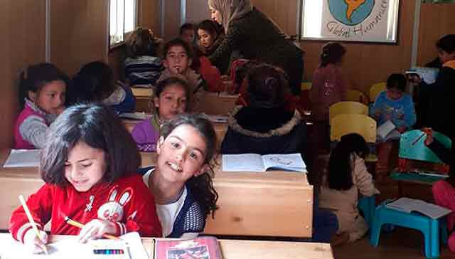 Educational reinforcement for Syrian refugee children in Madaba and Amman
